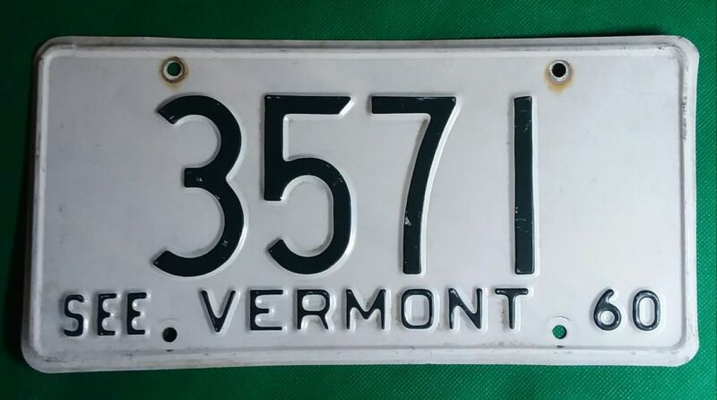 1960 White Vermont License Plate Low Number #3571