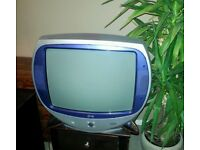 LG Netee Retro look TV. Full working Order with buttons