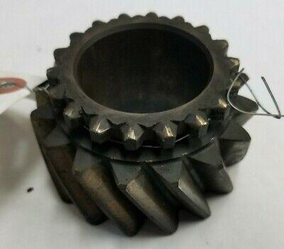 John Deere 2840 Transmission Gear T28317