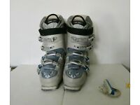 Ski Boots Head size 6 with boot bag
