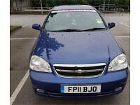 Blue 5 door Chevrolet Lacetti for quick sale