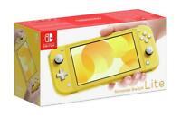 Nintendo switch lite w/Mario Cart deluxe