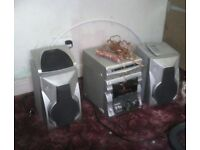 Hifi sony rx99 with 2speakers decs dont work .... Offfers over £55 selling really for £60