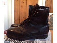 Blundstone Australia black leather boots -size 9