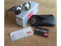 Genuine Ray Ban Clubmaster in Black