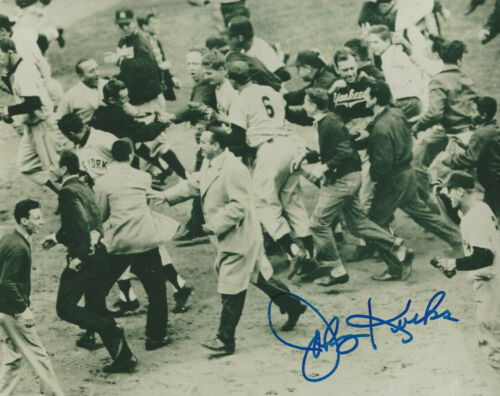 Yankees Johnny Kucks autographed 8x10 photo Last pitcher to face Jackie Robinson