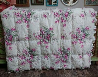 Shabby chic white pink floral vintage Pattern Eiderdown Quilt Bedspread Single