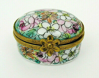 LIMOGES FRANCE FLORAL PILL BOX PEINT MAIN HAND PAINTED & INITIALED BY DECORATOR