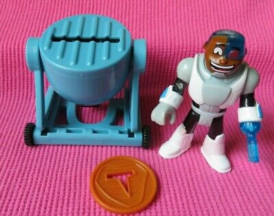 Imaginext TEEN TITANS GO CYBORG MEAT PARTY Figure & STEAK LAUNCHING GRILL RARE