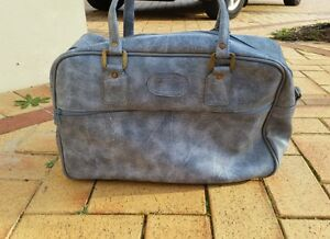 Retro Blue Courier Bag Canning Vale Canning Area Preview