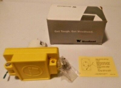 Nema L5 30 Receptacle - 68W47 Woodhead Molex 1301470157 Watertite Receptacle Nema L5-30 30A 125V New