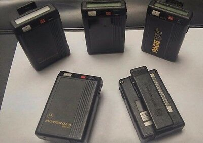 Motorola BRAVO ORIGINAL - Simple Pager Beeper - Prop Use Only - Easy to use