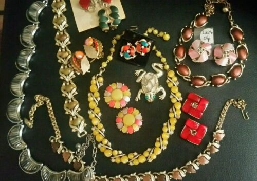 13 Pc Vintage Lucite Thermoset Jewelry Some Signed Bracelet 4 Necklaces Earrings
