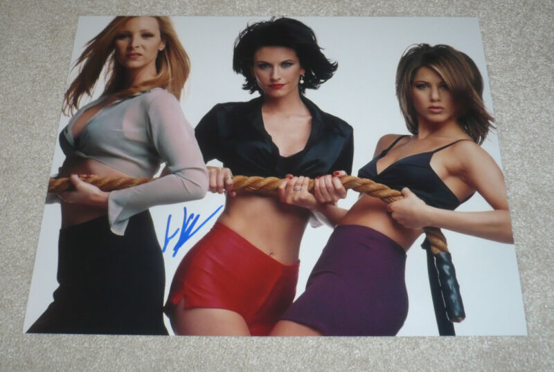 ACTRESS LISA KUDROW SIGNED 11X14 PHOTO W/COA FRIENDS PHOEBE JENNIFER ANISTON COX
