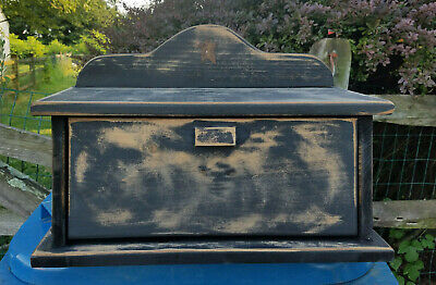 Amish Crafted Primitive Star Bread Box (Distressed Black). Lancaster, (Amish Bread)
