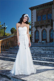 A-Line Low Back Strapless Sincerity 3850 Ivory Petit Length Wedding Dress