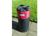 Lonsdale Punchbag & Fixings