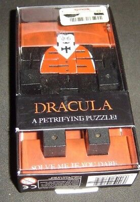 Dracula A Petrifying Wooden 3D Puzzle NEW - 5060036537272 ~ Halloween