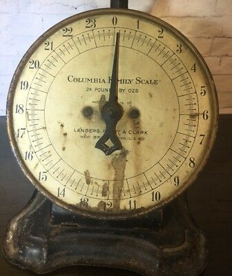 Vintage Columbia Family 24 LB Scale Landers Frary & Clark New Britain 1907 WORKS