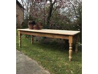 7feet long x 3 feet wide vintage farmhouse table, good condition.