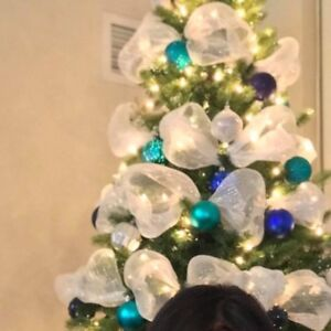 """Lighted Christmas tree 7"""" for sale"""