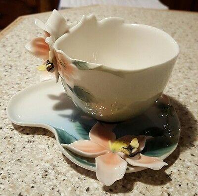 Franz Porcelain/China Flowers + Beecup + Saucer FZ00036