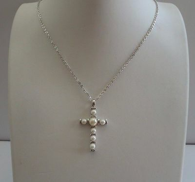 Pearl Cross (925 STERLING SILVER PEARL CROSS NECKLACE PENDANT W/ WHITE PEARLS/ 18)