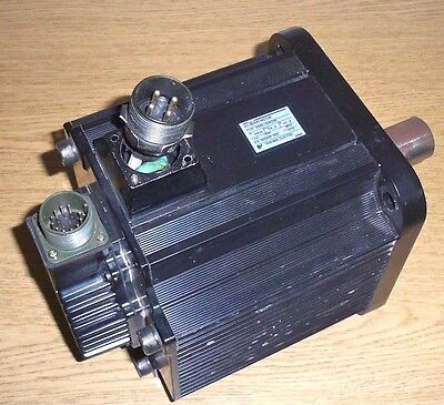 Yaskawa Sgmg-44a2ab Ac Servo Motor Sgmg44a2ab