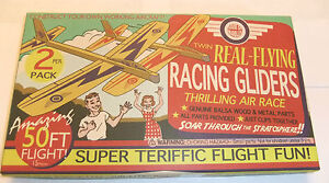 RETRO-TWIN-REAL-FLYING-BALSA-WOOD-RACING-PLANE-GLIDERS-2-PACK-50FT-FLIGHT