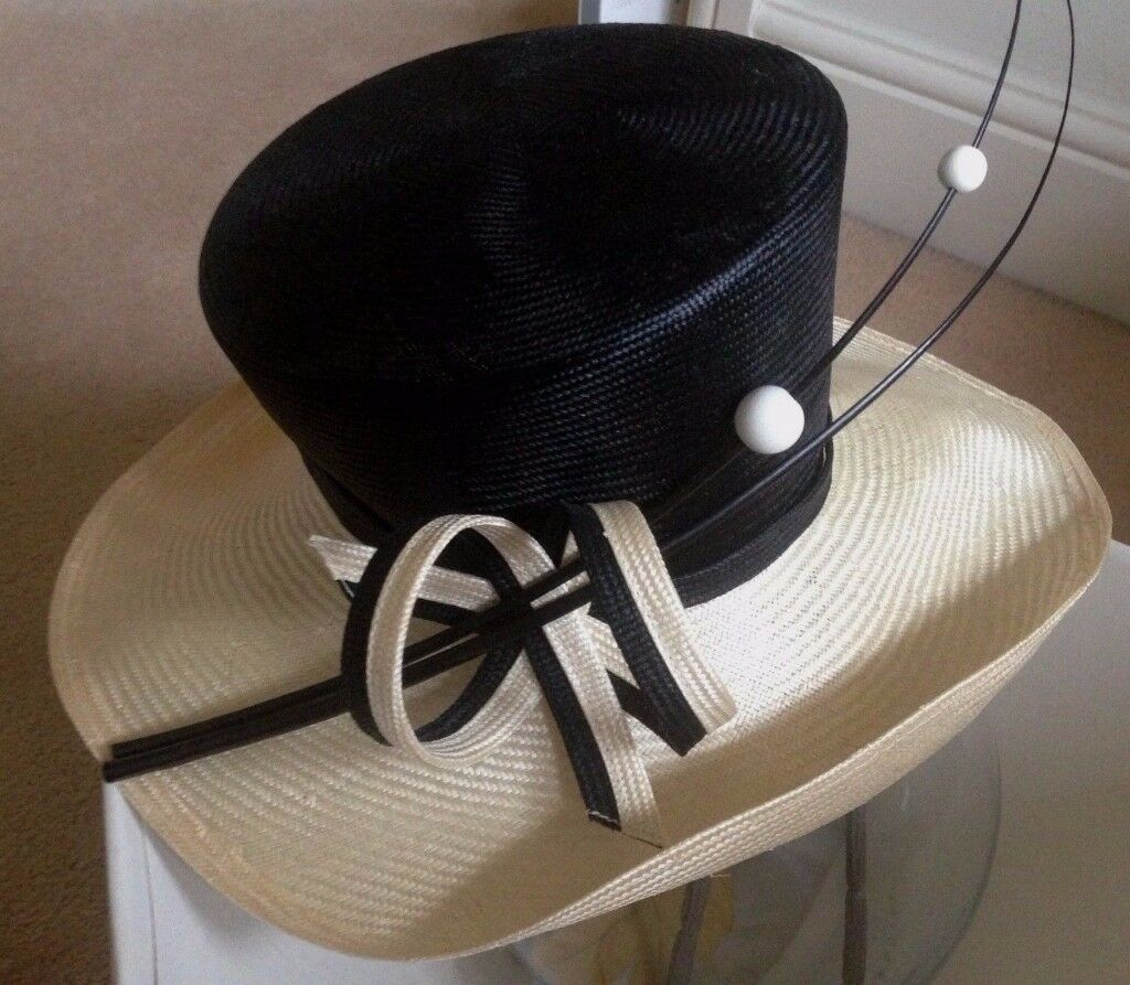 WHITELEY LADIES SPECIAL OCCASSION SMART HAT WITH BOX, BLACK & BEIGE