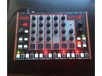 Drum machine Akai rhythm wolf