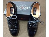 Men's Patent shoes size 9 like new