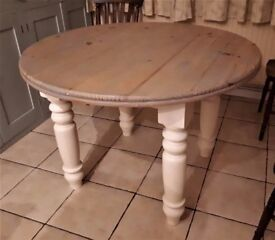 Pine circular kitchen/dining table