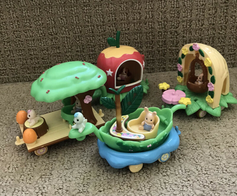 Sylvanian Families / Calico Critters -RARE- Misty Forest Miniature Train Set