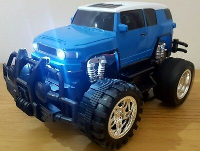MONSTER TRUCK CROSS COUNTRY SUV Radio Remote Control Car 1:18 - LED FAST SPEED