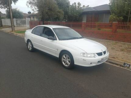 COMMODORE 2001 VX LUMINA. JULY REGO COLD AIR $1350 Mile End South West Torrens Area Preview