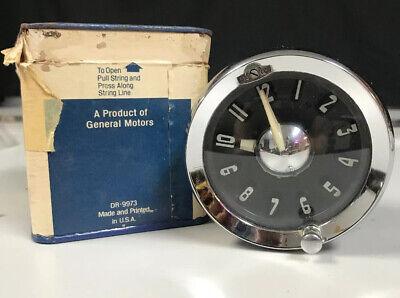 1952 Pontiac Clock