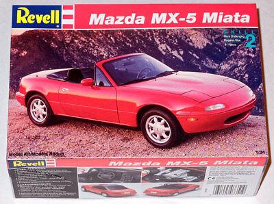 Revell 1/24 Mazda Miata MX-5 Model Kit