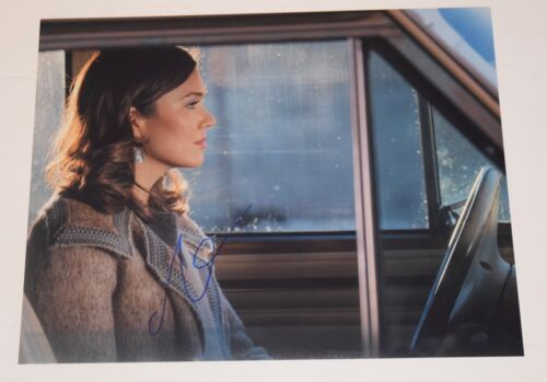 Mandy Moore Signed Autographed 11x14 Photo THIS IS US Actress COA