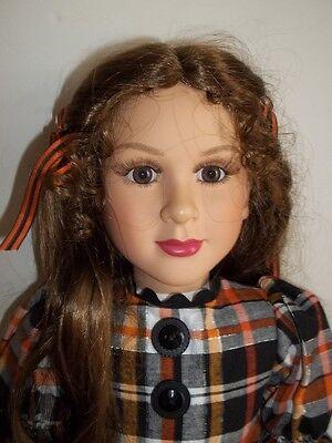 "My Twinn - Audrey - Brown Eyes - Light Brown Hair - 23"""