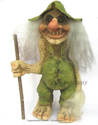 großer NyFormTroll mit Hut Norwegen, giant Ny Form Troll with hat Norway