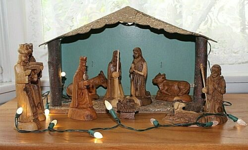 Vintage Olive Wood 12 Piece Nativity Scene Set, With Manger, Hand Carved, Xmas
