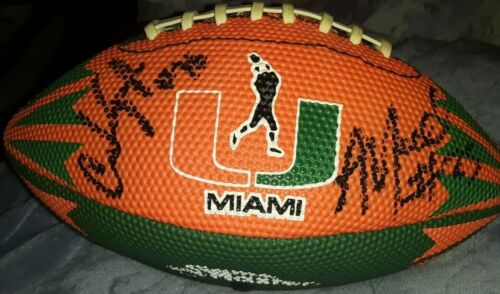 MIAMI HURRICANES THE U TEAM SIGNED AUTOGRAPHED MINI LOGO FOOTBALL BY 6+ WILFORK