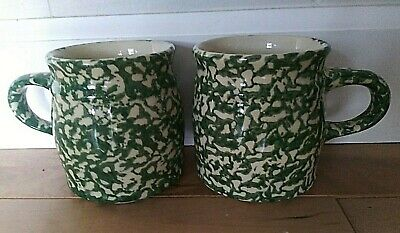 The Workshops of Gerald Henn  2 Green Spongeware Mugs   Mint Condition Roseville