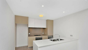 Short Term Luxury Private Own room 1 min walk to Wolli Creek Station