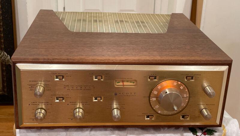 "HH Scott 340 ""Stereomaster"" Tube tuner-amplifier"