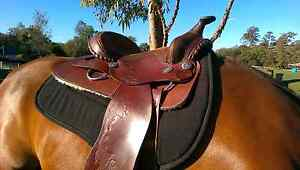 Lovely western saddle for sale Withcott Lockyer Valley Preview
