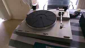 Yamaha Turntable P-350 and matching A-550 Amplifier tested VGC Lane Cove Lane Cove Area Preview