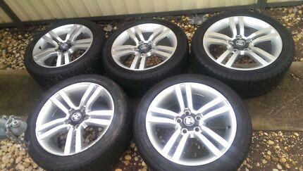 """18"""" VE SS WHEELS + TYRES X 5 Woodcroft Blacktown Area Preview"""