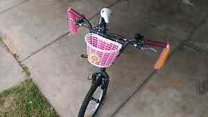 GIRLS BMX BIKE + HELMET AND LOCK Croydon Park Port Adelaide Area Preview